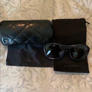 Authentic CHANEL 5194 black, women's Sunglasses